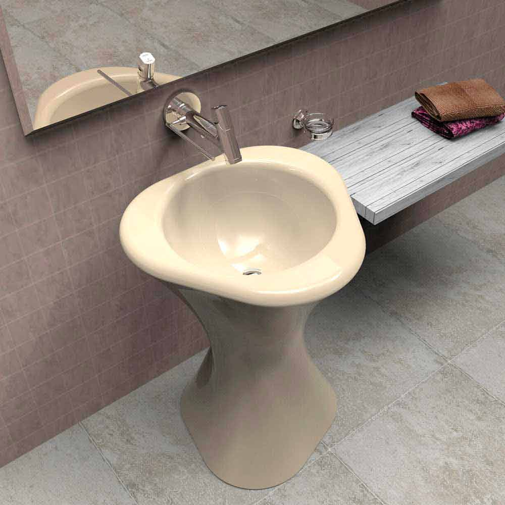 Lavabo a colonna moderno di design twister made in italy for Lavabo a colonna