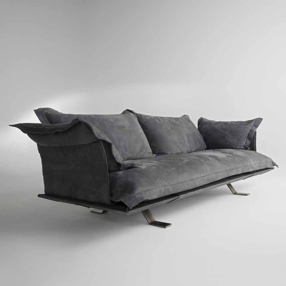 Divano design moderno in pelle shita 170 220 oppure 250 cm for Divano moderno