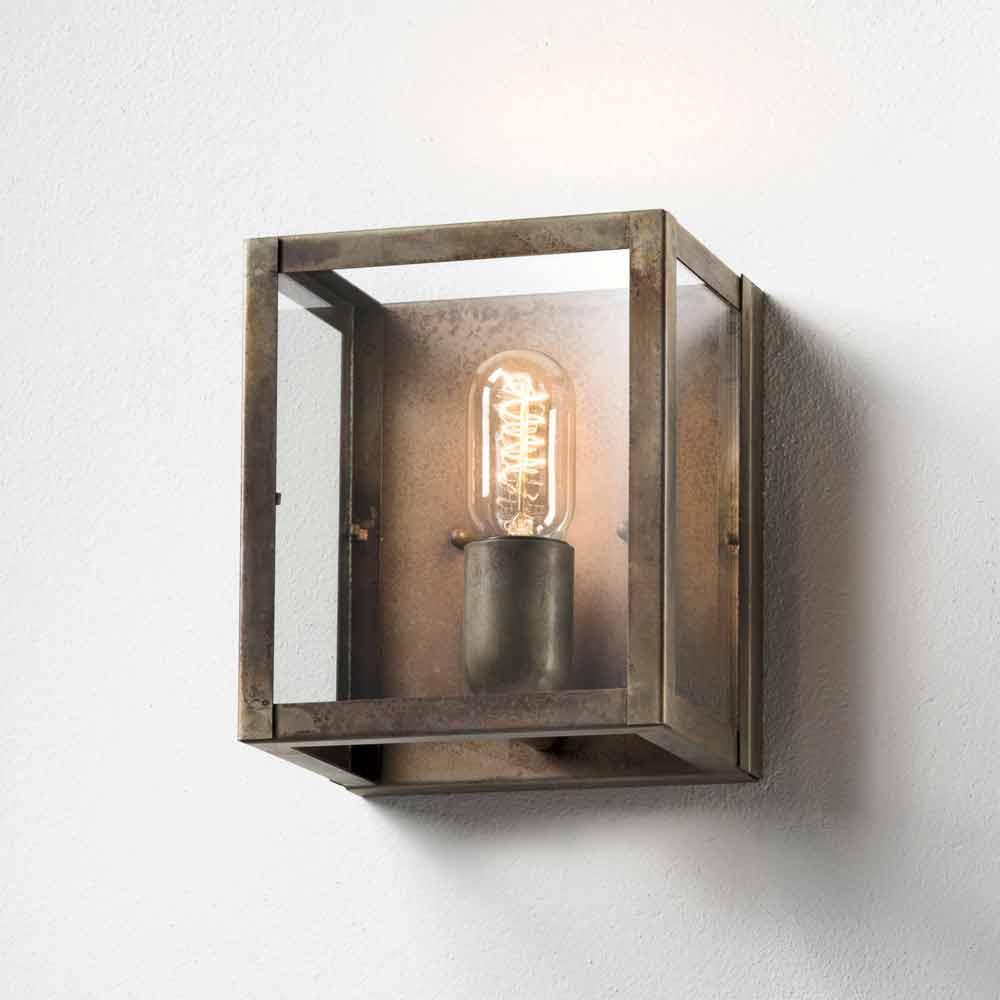 Lampada da parete in ferro stile industriale london il fanale - Lampade applique ikea ...