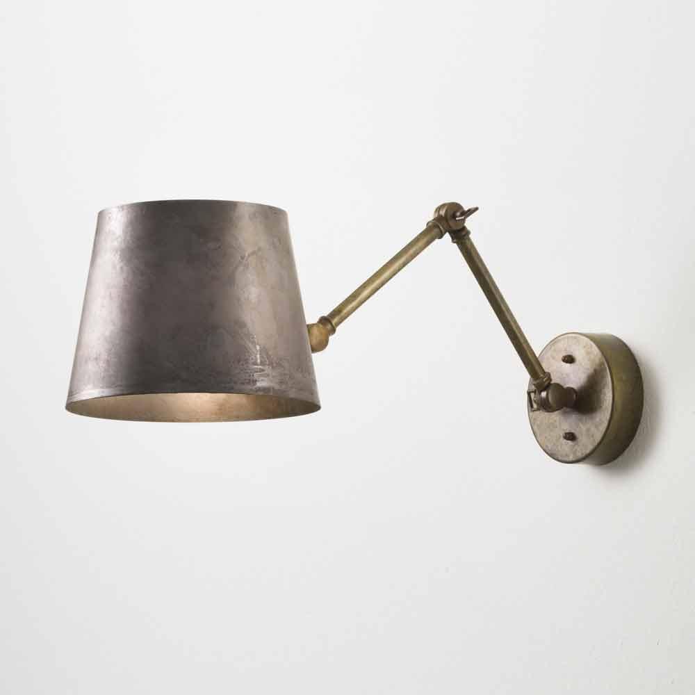 lampada da parete industriale regolabile reporter il fanale. Black Bedroom Furniture Sets. Home Design Ideas