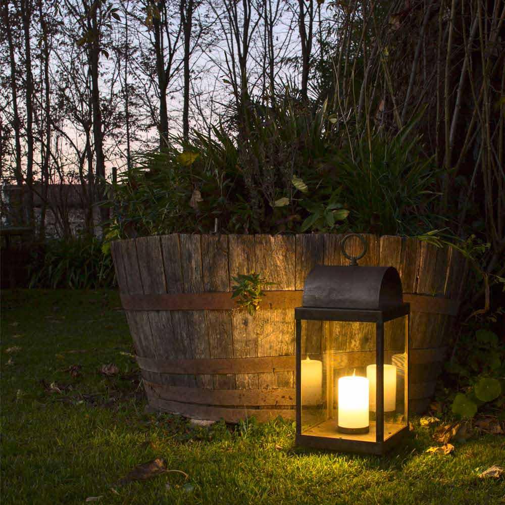Lanterna da giardino con candela in ferro o ottone il fanale for Il mobile da giardino