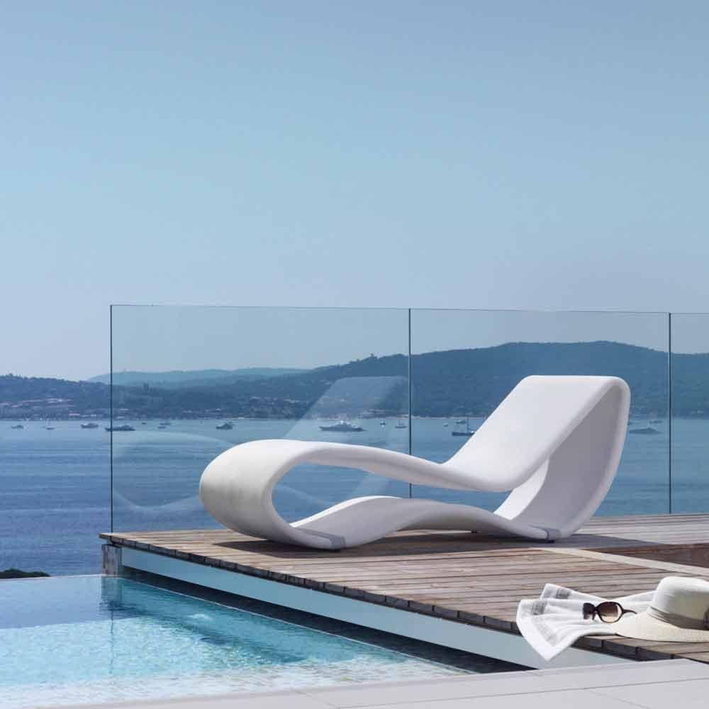 Lettino da giardino bianco di design breez 2 0 by talenti - Chaise longue da esterno ...