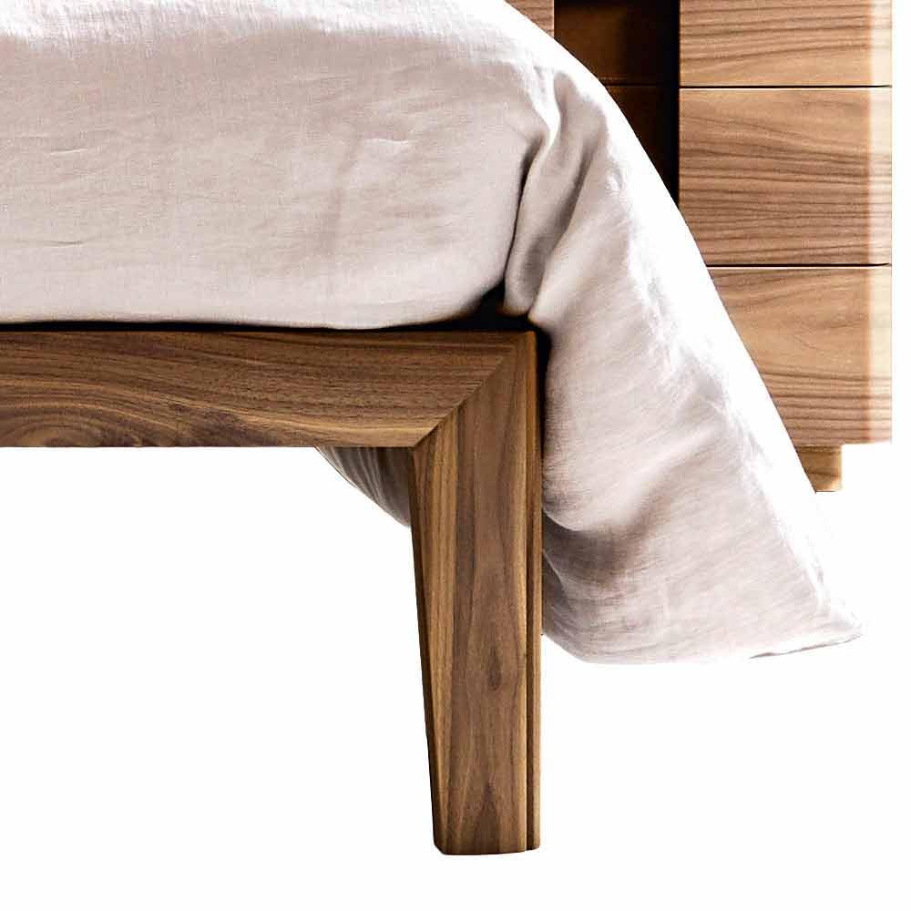Letto matrimoniale imbottito in legno massello Grilli York made Italy