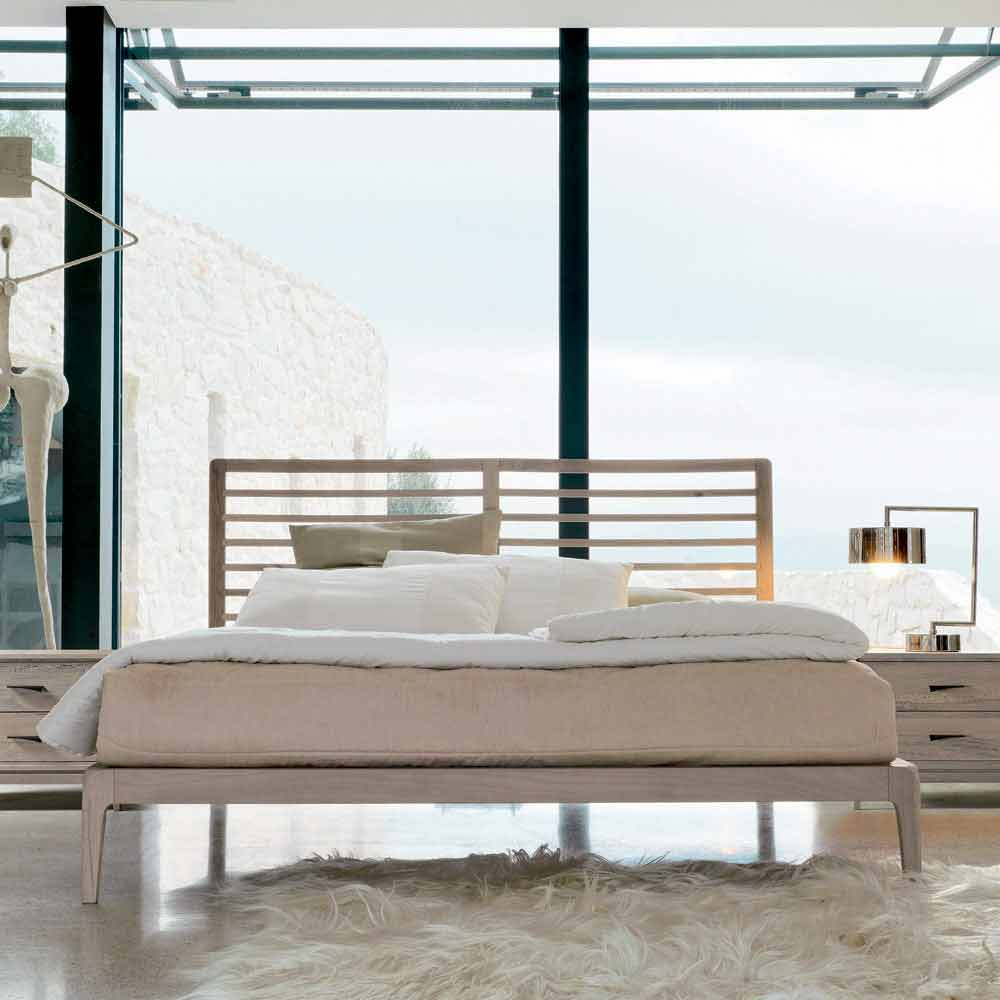 Letto matrimoniale in noce massello, made in Italy, Didimo