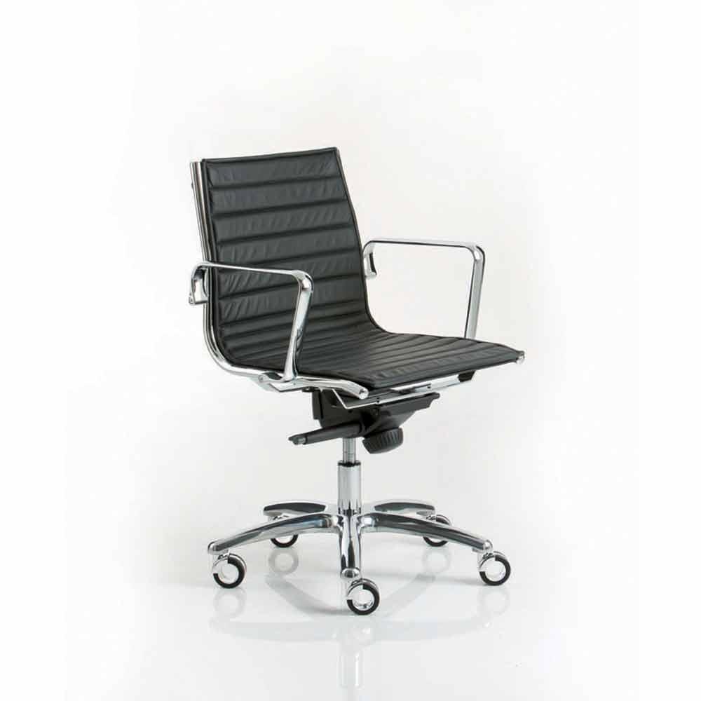 Poltrona ufficio direzionale design moderno con ruote for Poltrona ufficio