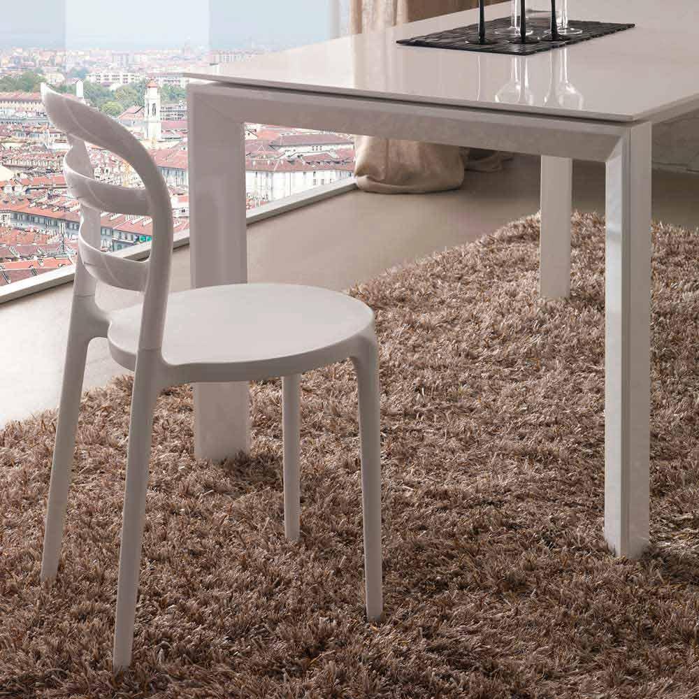 Sedia bianca dal design moderno derulo for Sedia design bianca