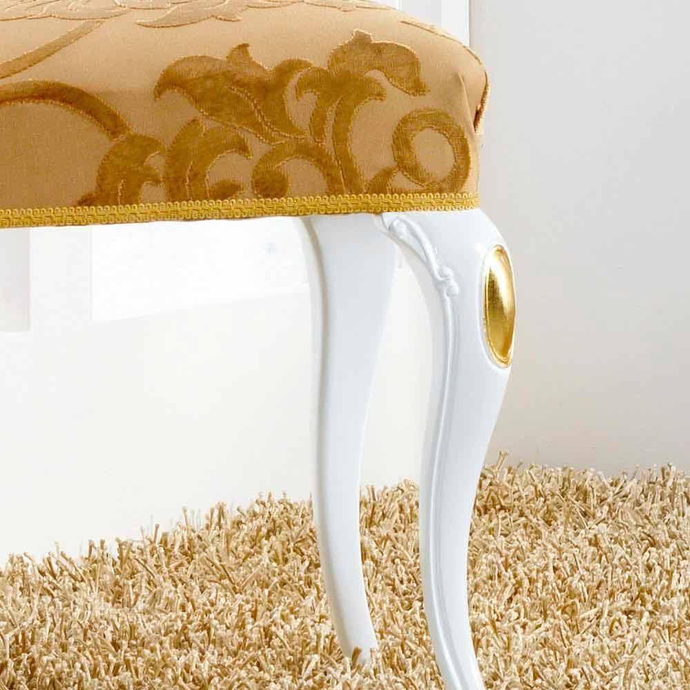 Sedia dal design classico in legno con decori foglia oro for Sedia design legno