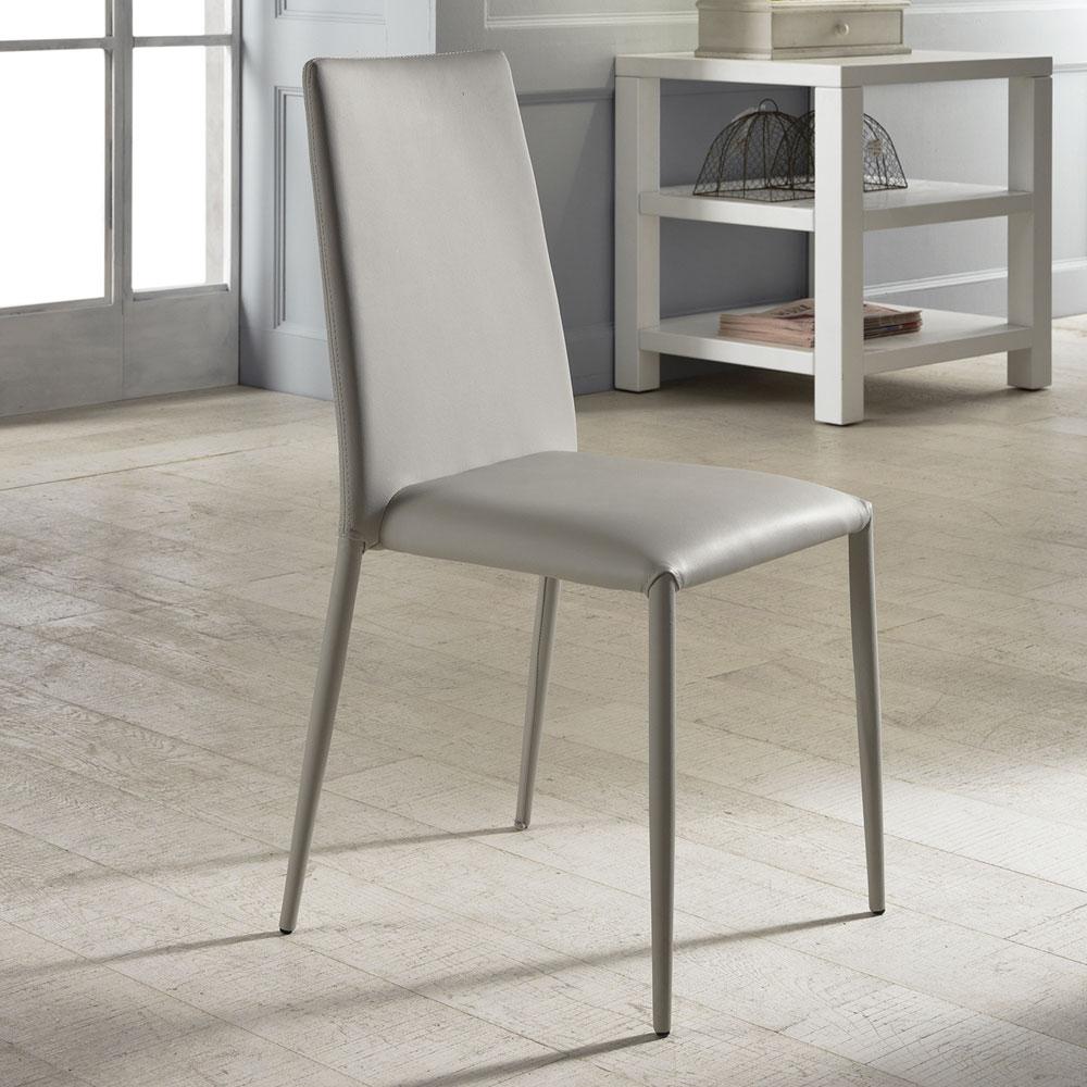 Set 4 sedie moderne in ecopelle bianche grigie o tortora dora for Sedie ecopelle colorate