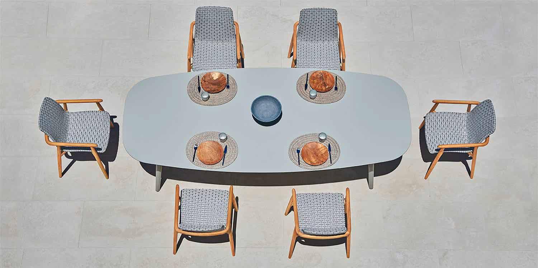 Tavoli Da Esterno Di Design.Tavolo Da Giardino Vraschin Ellisse Moderno In Alluminio Colorato