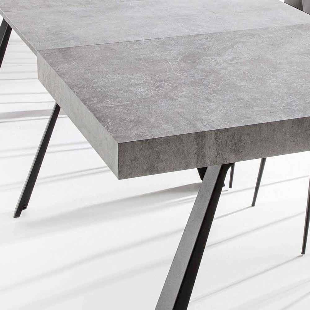 Tavolo Allungabile A 500 Cm In Legno Nobilitato Con Gambe In Metallo