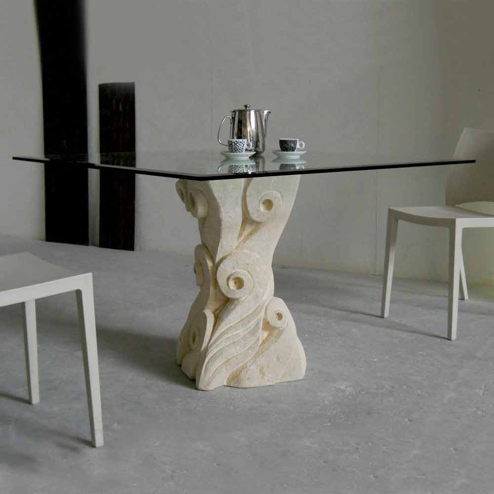 Tavolo in Pietra di Vicenza e cristallo Giasone scolpito a mano
