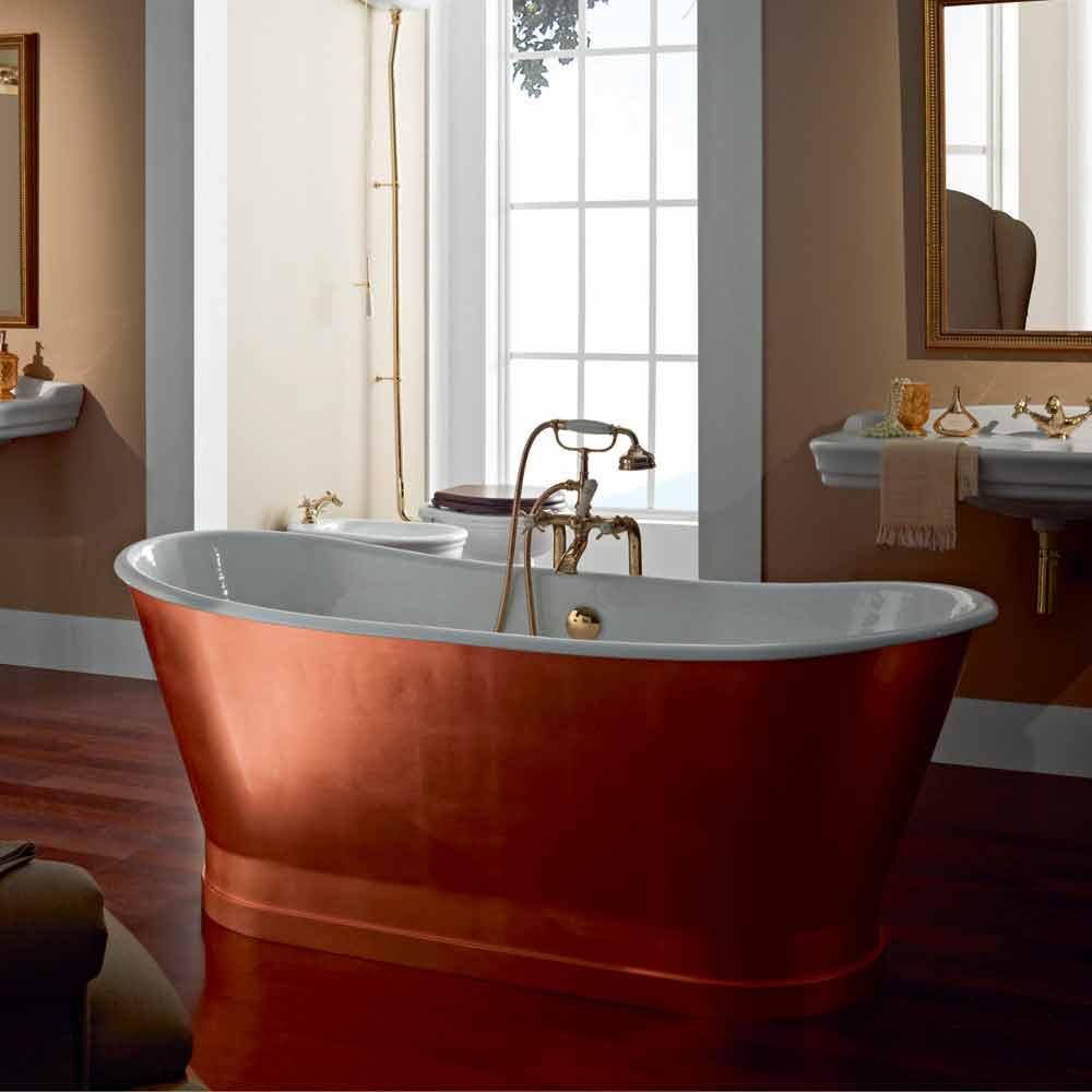 Vasca freestanding in ghisa con copertura esterna in - Copertura vasca da bagno ...