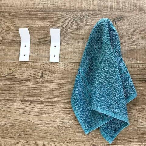 Appendiabiti da Parete in Corian Bianco con Viti, Design 3 Pezzi - Appiccio