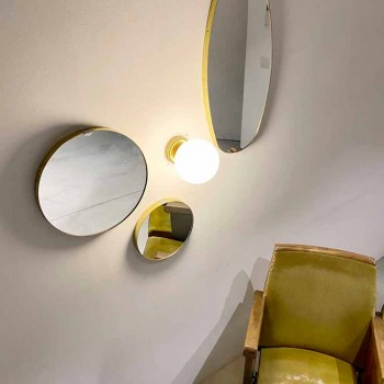 Applique Fatta a Mano in Ottone e Vetro Biancolatte Made in Italy - Grinta