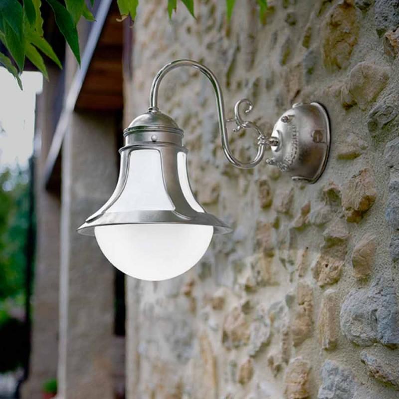 Applique in ottone e vetro soffiato bianco Loggia