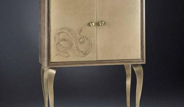 Credenza Moderna In Legno Massello : Credenza moderna con ante in legno massello e pelle anilina joy