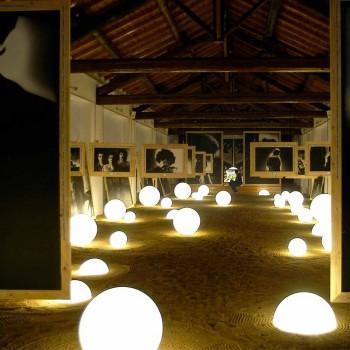Lampada a sfera terra/tavolo Slide Globo bianco luminoso fatta Italia