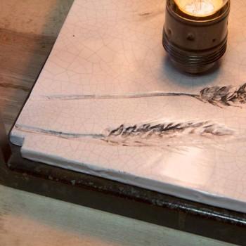 Lampada da Tavolo in Ferro e Ceramica Lavorata a Mano Made in Italy - Floria