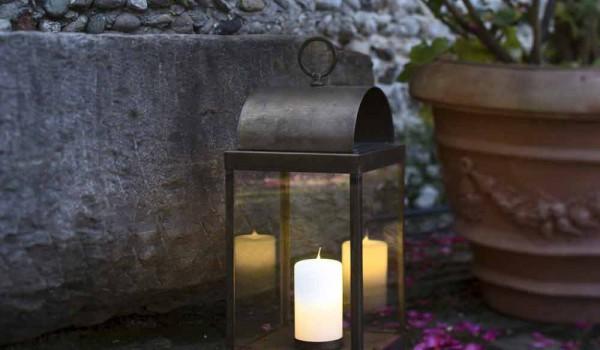 Lanterna da giardino con candela in ferro o ottone il fanale