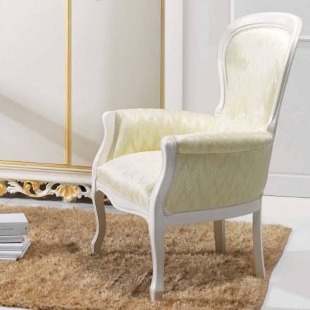 Poltrona dal design classico in legno, rivestita in tessuto Turner