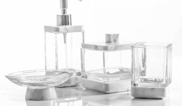 Set Da Bagno Moderno : Set accessori da bagno di design in vetro e marmo calacatta carona