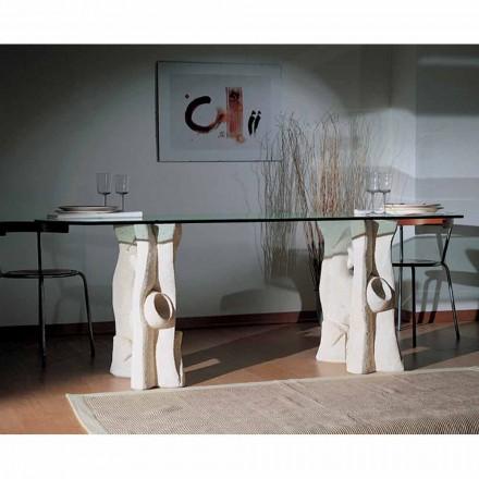 Tavolo scolpito a mano in Pietra di Vicenza e cristallo Daiana