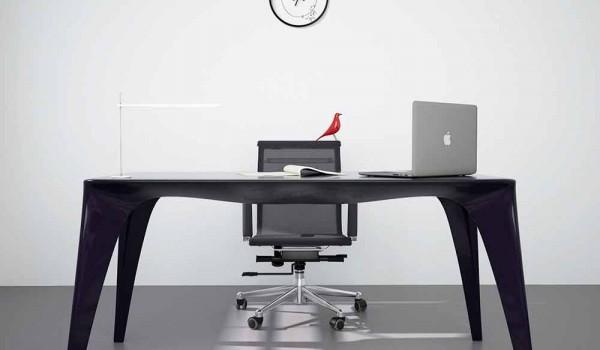 Tavolo scrivania di moderno design fatto in italia pomarolo